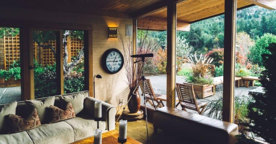 log-cabin-decor-ideas